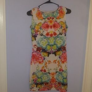 Dresses & Skirts - Floral bodycon  dress